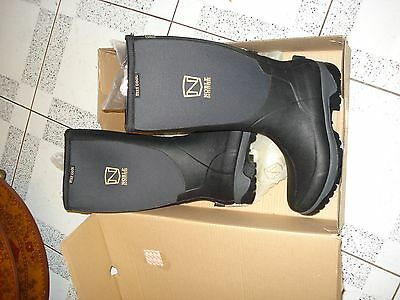 NOBLE OUTFITTERS MUDS STAY COOL HIGH Warm NEOPRENE WELLINGTONS UK 9 WELLIES