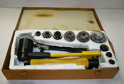 SKY-8 10 Ton 6 Die Hydraulic Knockout Punch Driver Kit Hole Hand Tool Conduit 1/