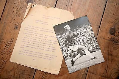 Original Denis Law action photo, Man United with original typed text, 1965
