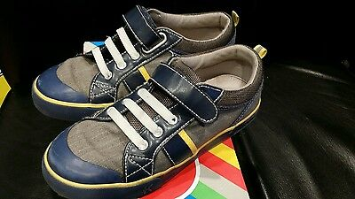 See Kai Run Boys sneakers size 2y Navy Canvas Sneakers Shoes
