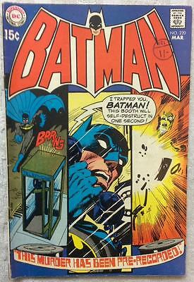 Batman #220 (1970 DC 1st series) FN- condition. 46 yrs old. Bronze Age