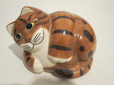 """Quail Pottery Cat """"George"""" Marked Q"""