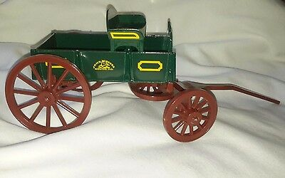 John Deere - Cast Iron Look - Horse Drawn Barge Wagon buggy carriage toy