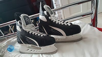 Lightning Ice Skates UK Size 8