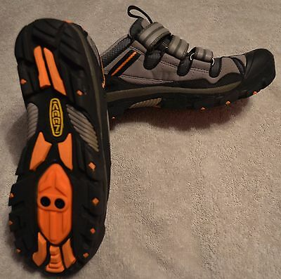 NEW Keen Springwater Bike Shoes - Womens - Size 7 - FREE SHIPPING!!