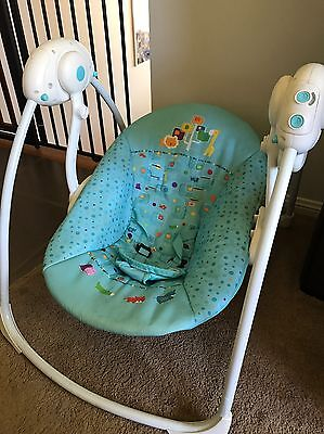 2 Baby Rockers And Shower Chair