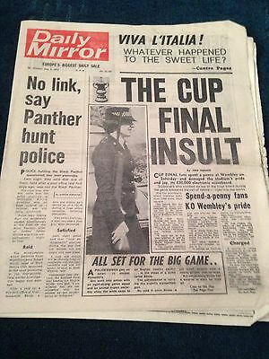 Daily Mirror Vintage Newspaper 5.5.75 The Cup Final Insult