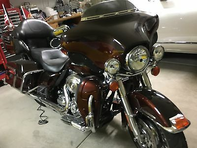 2011 Harley-Davidson Touring  Harley Utra Classic Limited Motorcycle
