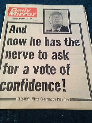 Daily Mirror Vintage Newspaper 8.2.74 I Quit Says Enoch Powell