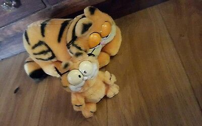 VINTAGE GARFIELDS One large sitting garfield and smaller plush standing soft toy