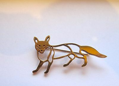 9ct Gold Fox Brooch  - Very attractive and a talking point