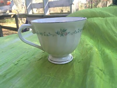 """Syracuse China """"sweetheart"""" Pattern Replacement Cup U.s.a"""