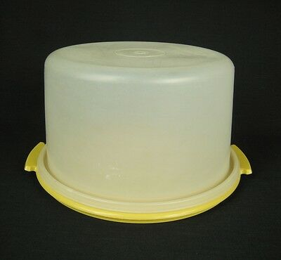 VTG Tupperware Yellow & Clear Large Round Pie Cake Taker Carrier No Handle