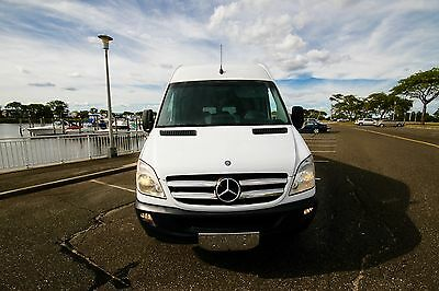 2010 Mercedes-Benz Sprinter 177 2500 2010 MERCEDES BENZ SPRINTER 2500 177 EXTRA SEAT,FREIGHTLINER, High Roof! 15 PASS