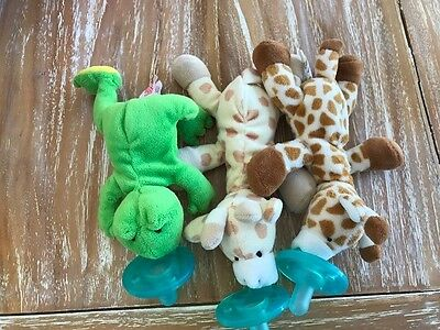 Wubbanub Infant Baby Soothie PACIFIERS BUNDLE (2 Baby Giraffe 1 Duck)