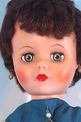 """Vintage 1950s FASHION DOLL 24"""" DELUXE READING Sweet Gail? Loveable Louise? Cute!"""