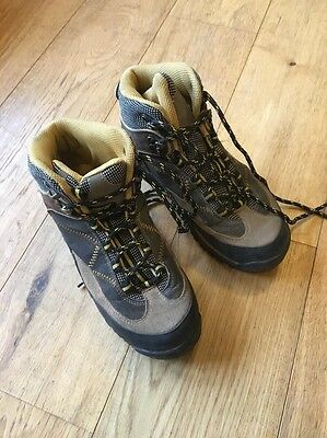 Hiking Boots Size 3 /EUR 36 Junior