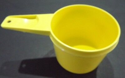 Tupperware #761     1 Cup Replacement Parts,   Daffodil Yellow,    FREE SHIppINg