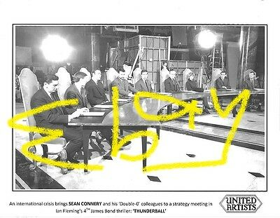 James Bond THUNDERBALL photo SEAN CONNERY w/ Double-0 colleagues at table