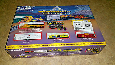 Bachmann N Scale Thunder Valley RTR Electric Freight Train Set