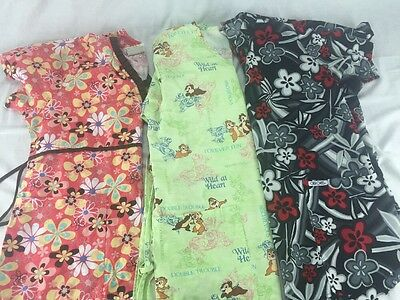 Lot of 3 Disney Floral Women's Scrub Tops top Size Small