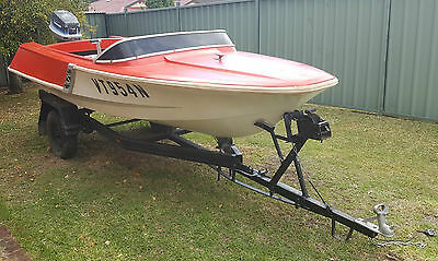 15ft Boat with Trailer and Outboard Motor