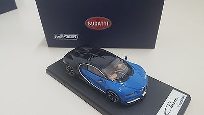 EXCLUSIVE! Bugatti Chiron 1:43 by Looksmart Models