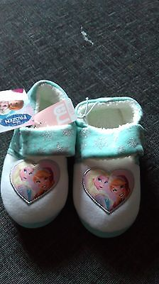 NEW FROZEN childrens SLIPPERS SiZE 11