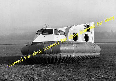 Photo - Cushioncraft CC4 hovercraft, date unknown