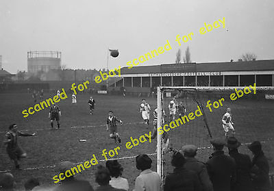 Photo - Football match, Erith & Belvedere FC v Cray Wanderers, 1937 (2)