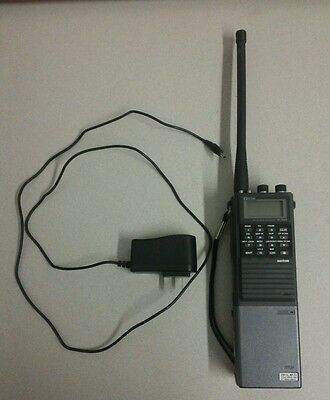 Icom IC-A20 - Vintage Handheld Aviation Radio Transceiver VHF Air Band w/Charger