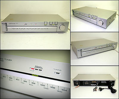 AKAI AT-K110 FM AM Stereo Tuner