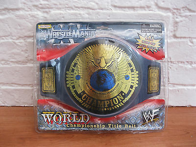 RARE WWF WWE Attitude Era Heavyweight Chamionship Toy Replica Belt. IN PACKAGING