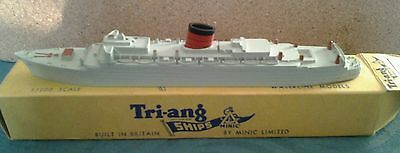 triang minic ships caronia pristine condition and boxed