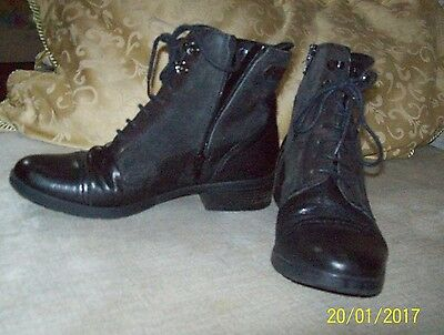 Ladies/Womens Clarks Black Lace Up Boots sz 4. Leather/Suede