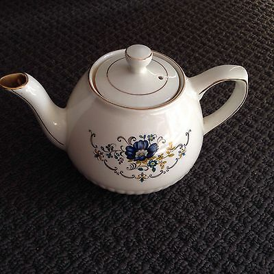 Wood & Sons Small Vintage Ironstone Teapot