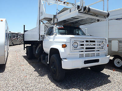 GMC Scissor Lift Truck - 15' bed with lift gate - for ROOFING, PAINTING + MORE