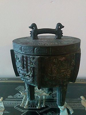 Chinese Vintage  Ice bucket by James Mont for the Hollywood Regency cast iron