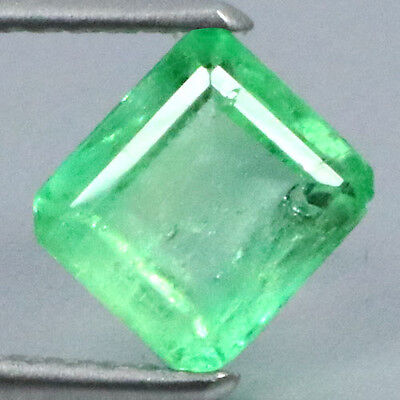 1.20 Ct Dazzling Rearast 100%natural Green Colombian Emerald.