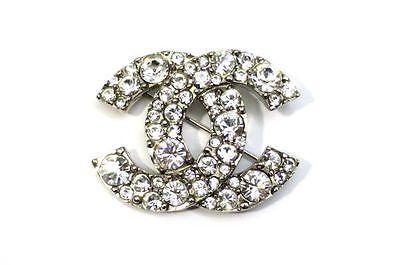 Free Shipping Authentic CHANEL CC Logo Brooch with Rhinestones 17-274NC
