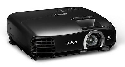 Epson Tw5200 Home Cinema Projector 3D Top Of Range 1080p Boxed Bargain!