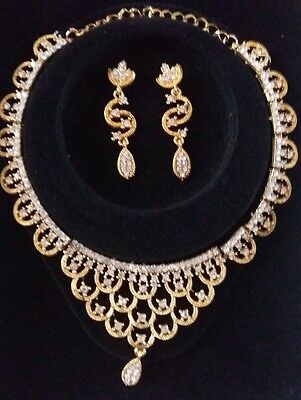 New Bollywood Style Indian Costume Jewellery Necklace Set Gold & Crystal