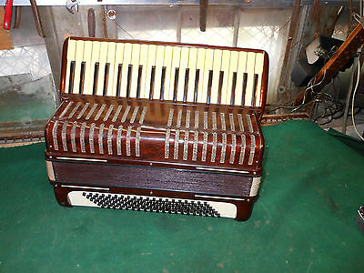 """Vintage LA TOSCA """"PALOMA"""" ACCORDION #149/230 w/ Case Brown Marbled Made in Italy"""