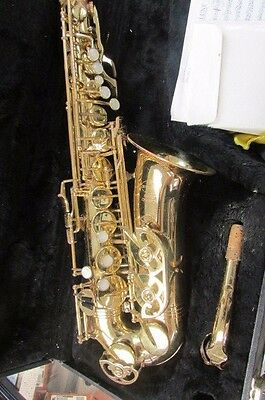 Evette Buffet Crampon Alto Saxophone Sale (For Parts) Missing mouth piece.