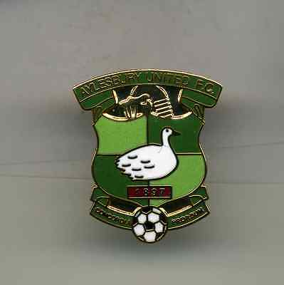 Aylesbury United  Fc  Non League Football Pin Badge
