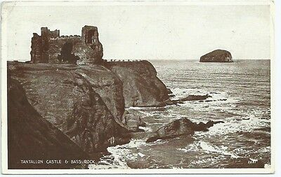 Vintage Postcard. Tantallon Castle & Bass Rock. Used 30.May 1939.  Ref:58175