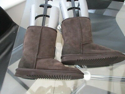 ladies Suede leather sheepskin boots size 5 brown
