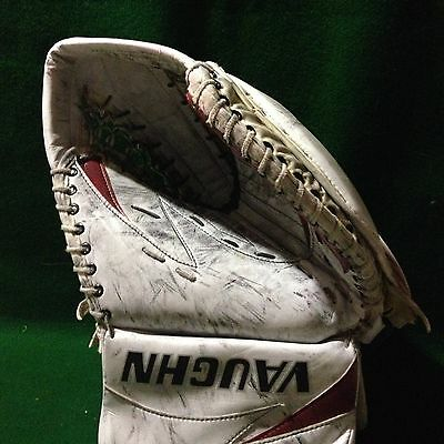 Hockey NHL Vaughn Epic Goalie Catch Glove JOEL GISTEDT Game Worn Used Coyotes