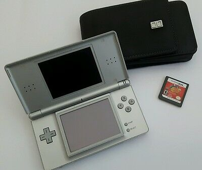 Nintendo DS Lite Metallic Silver Handheld System with charger and game