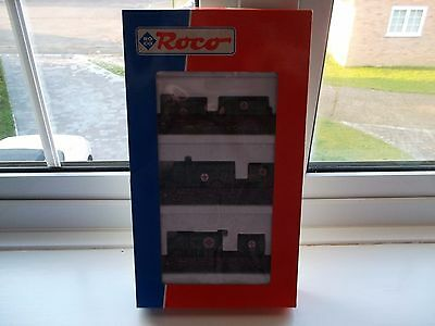 Roco 44024 Set of 3 flat beds with Red Cross vehicles HO scale